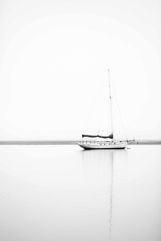 boatB&W